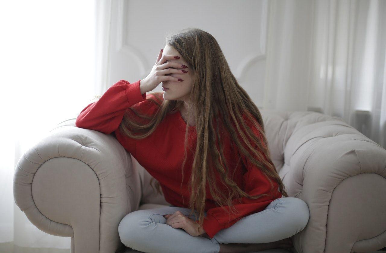 7 Tanda Kamu Belum Siap Memulai Hubungan karena Trauma