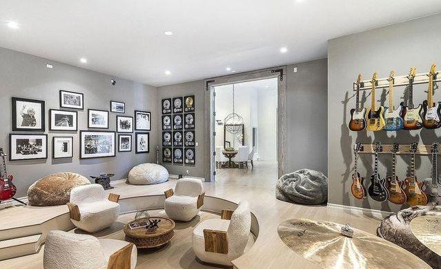 Fantastis! Ini 10 Potret Rumah Super Mewah Selena Gomez Seharga Rp76 M