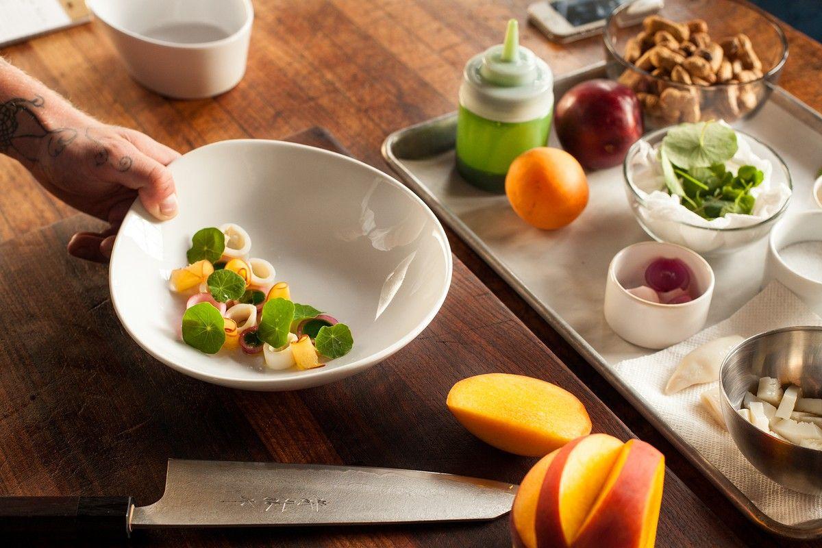Hidangan Jadi Cantik, Intip 6 Tips Food Plating Biar Semahir Chef