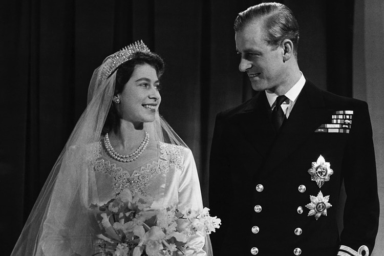 8 Fakta Mencengangkan di Balik Pernikahan Ratu Elizabeth, Sudah Tahu?