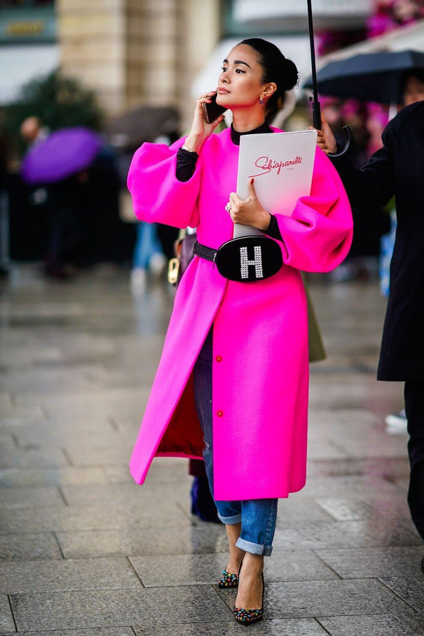 Saatnya Tampil Berani dengan Padu-padan Outfit Warna Hot Pink
