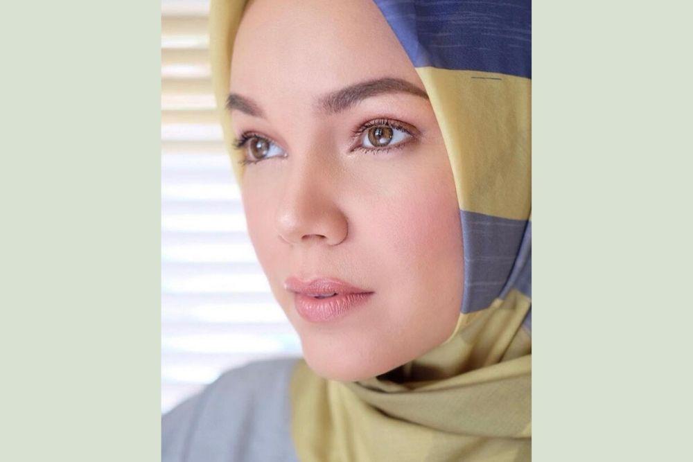 Makin Memesona, Intip 9 Potret Dewi Sandra Ini Yuk!