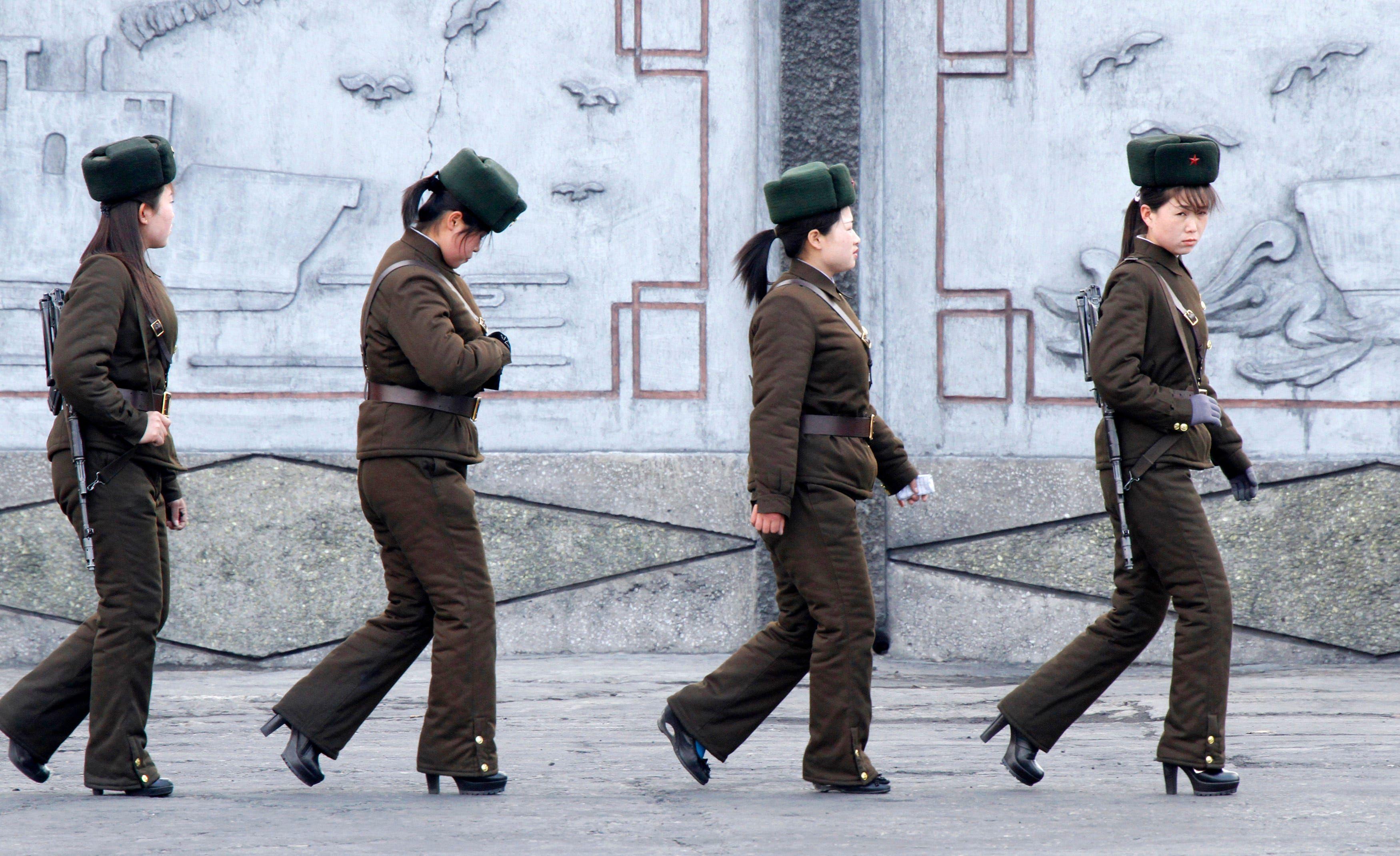 7 Aturan Ekstrem Berpakaian di Korea Utara yang Jarang Diketahui