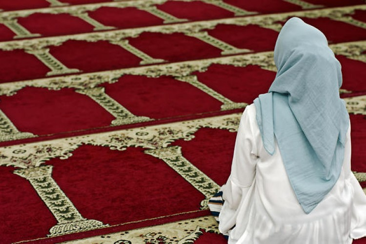 Tak Hanya Tarawih, 5 Salat Sunnah Ini Bisa Dikerjakan Saat Ramadan