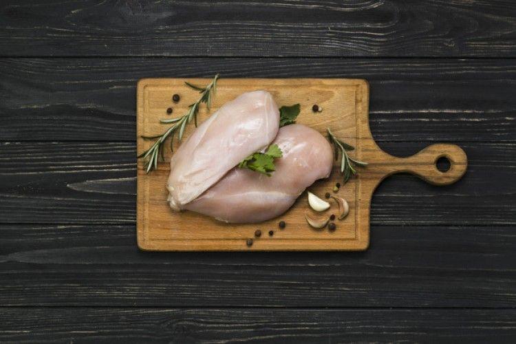 3 Metode Mencairkan Ayam Beku dari Freezer