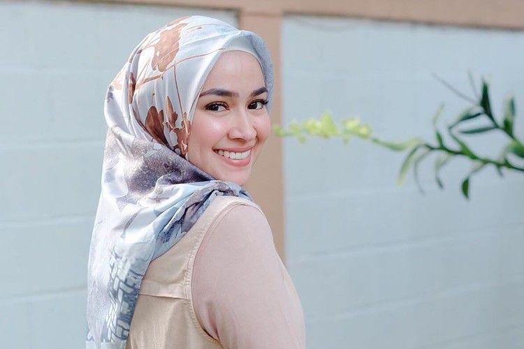 Fokus ke Keluarga, 5 Cerita Aryani Fitriana Saat Ramadan #diRumahAja