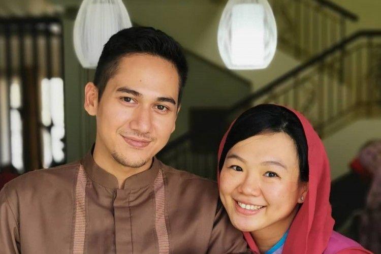 Istri Jadi Mualaf, 7 Potret Harmonis Kehidupan Pernikahan Rama Michael