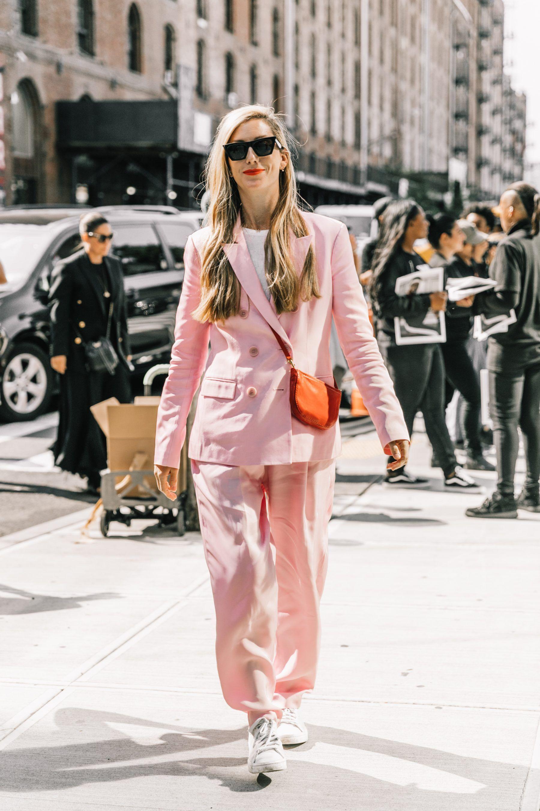 Tips Padu-padan Menggunakan Warna Pink Pastel
