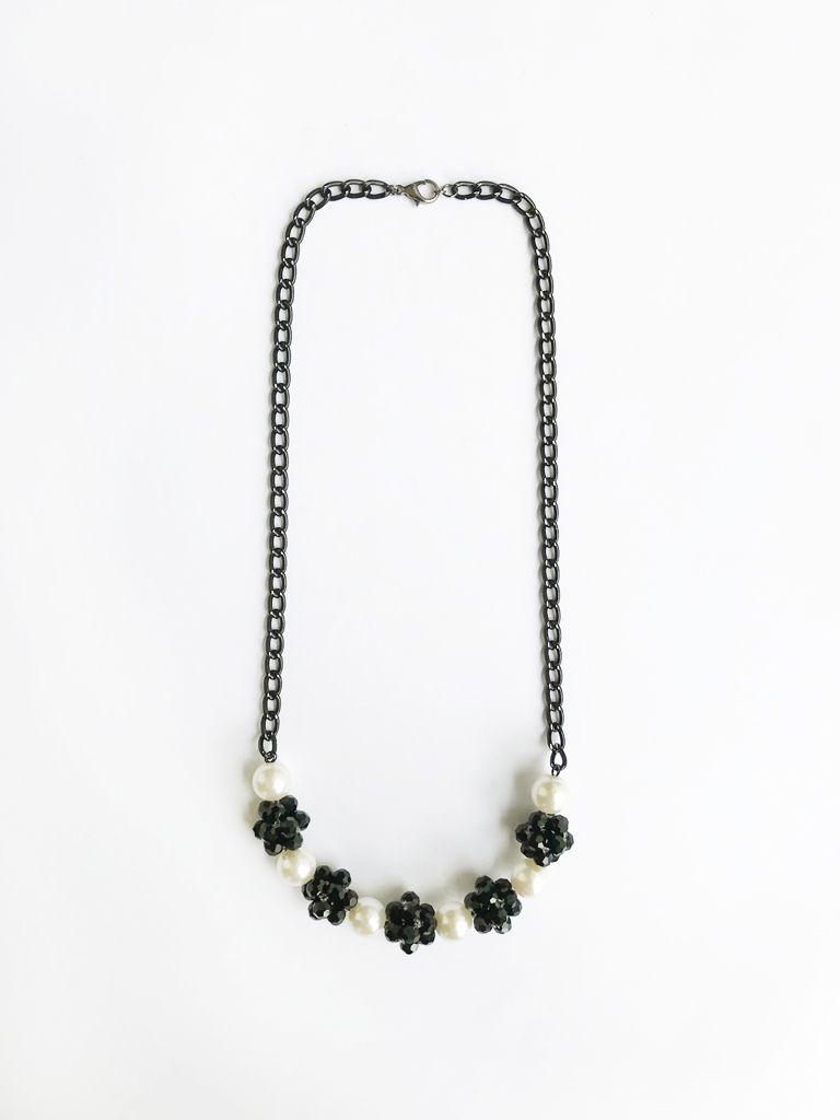 #PopbelaOOTD: Rekomendasi Kalung untuk Kamu yang Berhijab