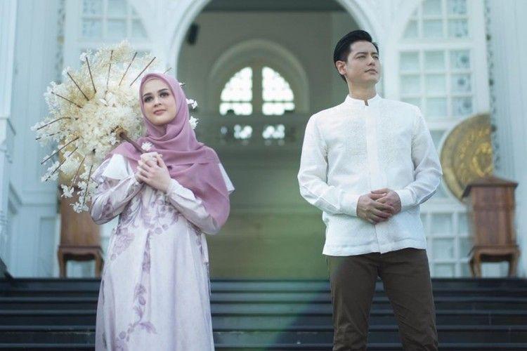 Mesranya! 10 Momen Ramadan Pertama Roger Danuarta Bersama Cut Meyriska