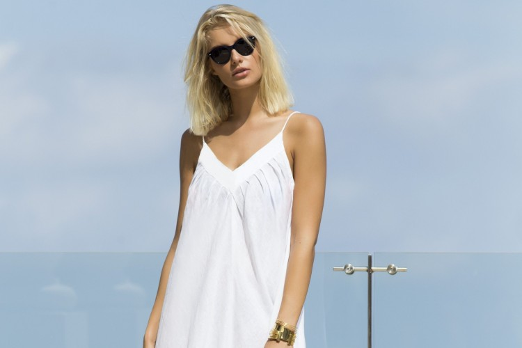 #PopbelaOOTD: Rekomendasi Dress Putih untuk di Rumah Aja