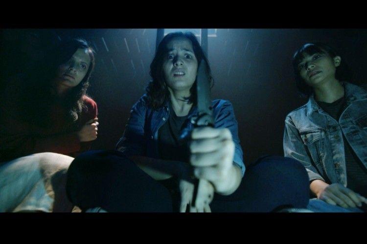 Butuh Uji Nyali? Tonton 5 Film Horor Indonesia Rekomendasi Seleb Ini