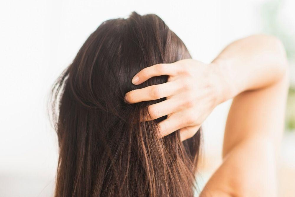 Jangan Angap Sepele, Ini 7 Dampak Tidur dalam Keadaan Rambut Basah