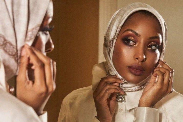 5 Tips Mengaplikasikan Makeup untuk Pengguna Hijab