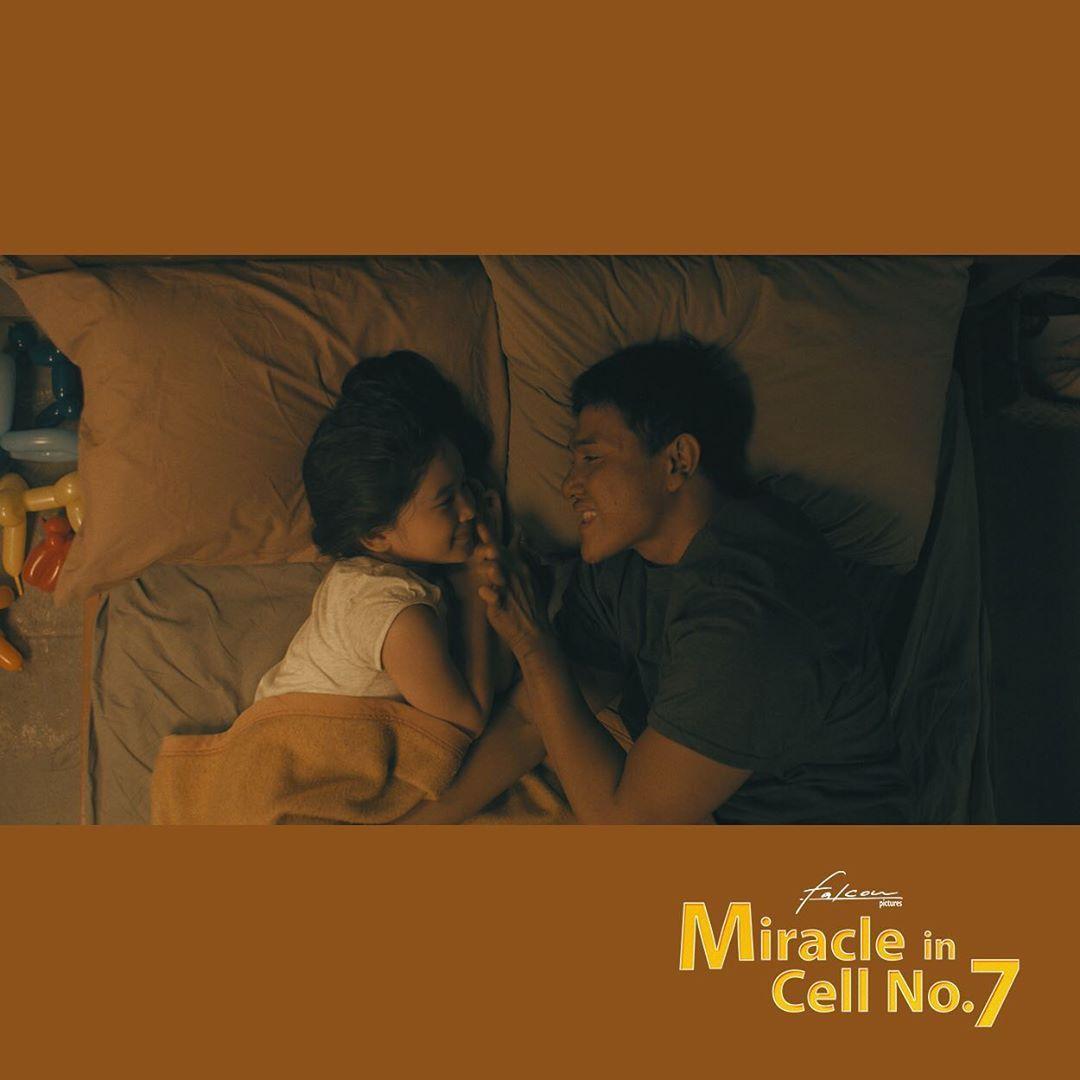 11 Foto Adegan Film Miracle in Cell No.7 yang Dijamin Bikin Nangis