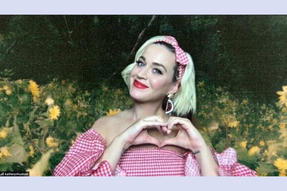 Makin Memesona Saat Hamil, Begini Potret Memesona Katy Perry
