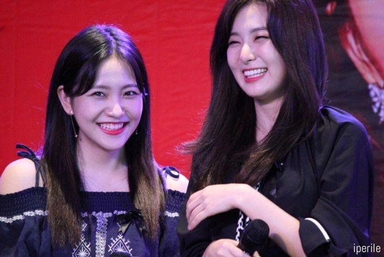 Bak Saudara, 10 Potret Persahabatan Seulgi dan Yeri 'Red Velvet'