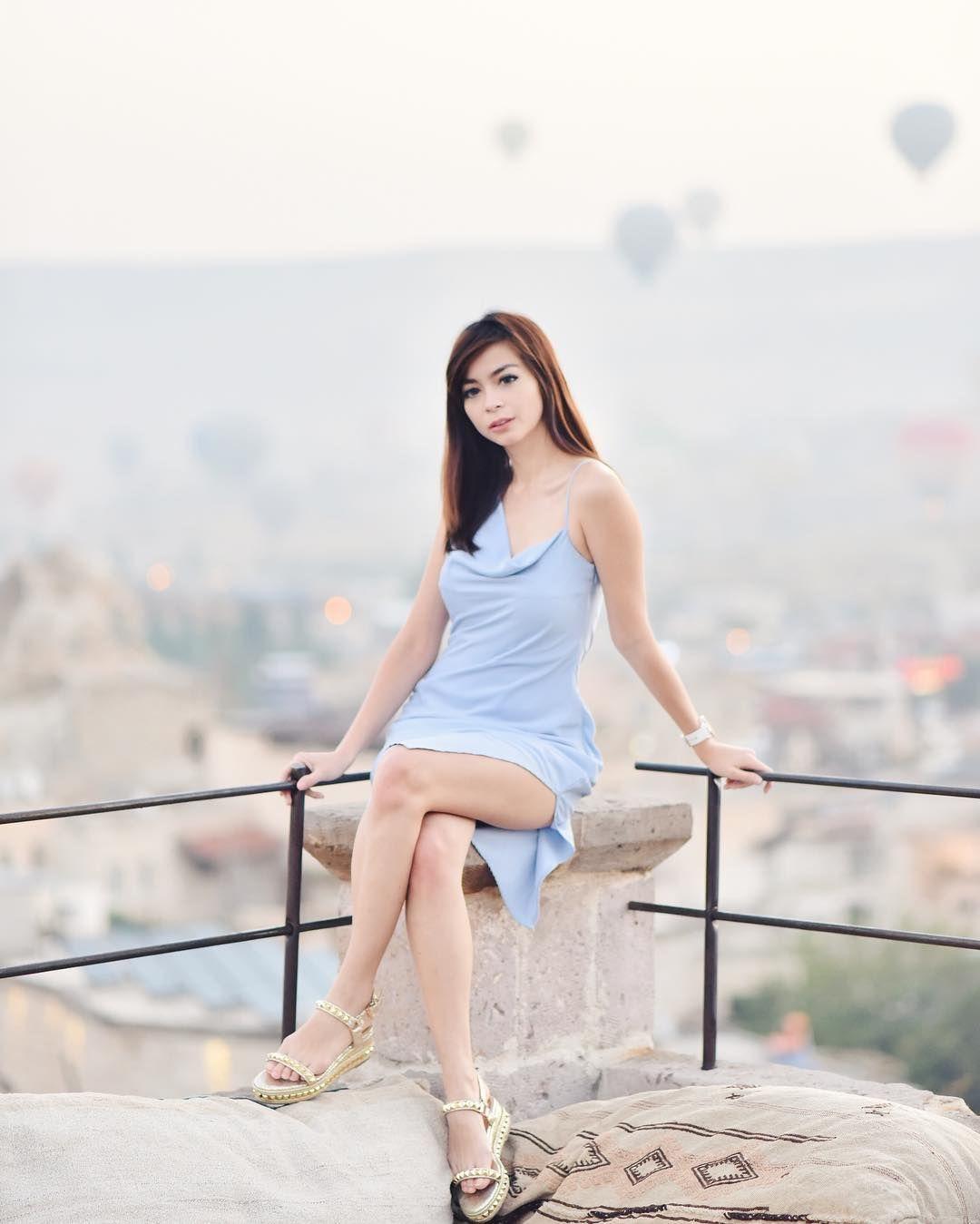 Deretan Presenter Indonesia yang Punya Gaya Seksi