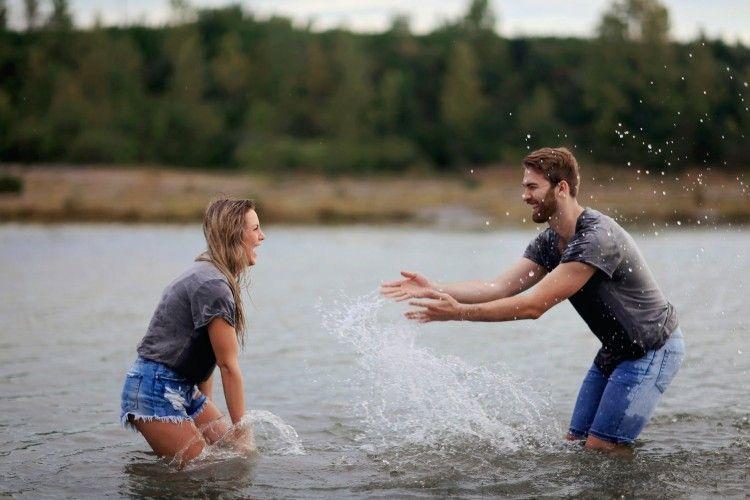 4 Kepribadian MBTI Ini Tak Mau Buru-buru Tetapkan Status Hubungan