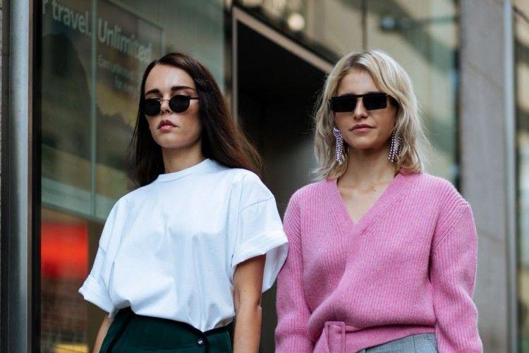 #PopbelaOOTD: Pilihan Baju yang Cocok Dipakai Kembaran sama Sahabat