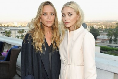 Gaya Effortless Mary-Kate Ashley Olsen Tetap Stunning