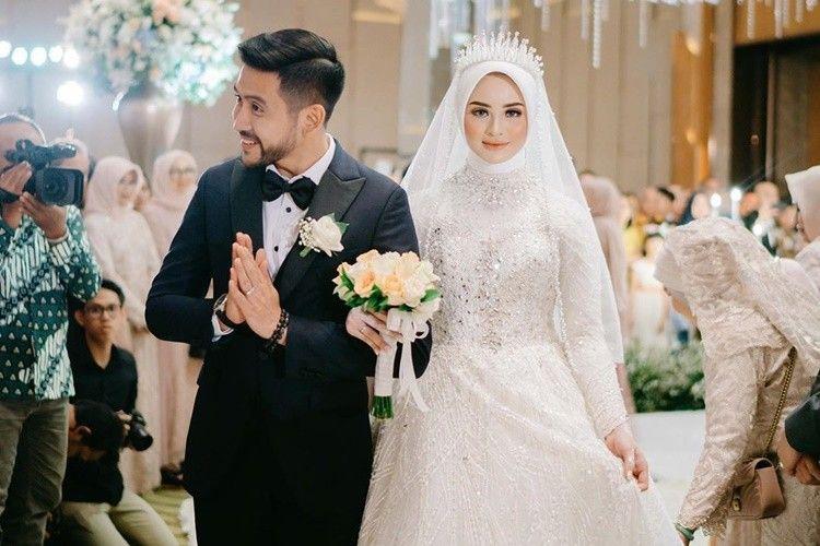 Tuai Kecaman, Ini 7 Fakta Pernikahan Selebgram Adhiguna dan Sabrina