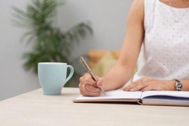 Manfaat Menulis Catatan Jurnal Kariermu