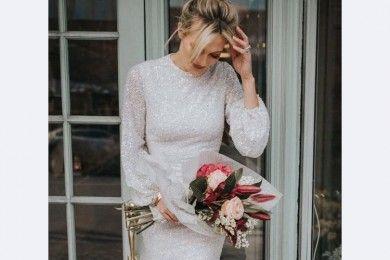 10 Inspirasi Baju Tunangan Warna Putih Sederhana Elegan