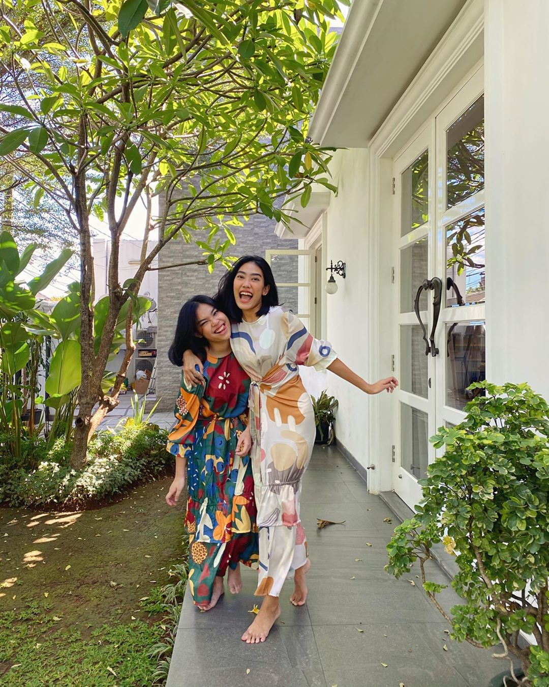 Mewah Hingga Sederhana, Intip Gaya Lebaran Selebgram Indonesia