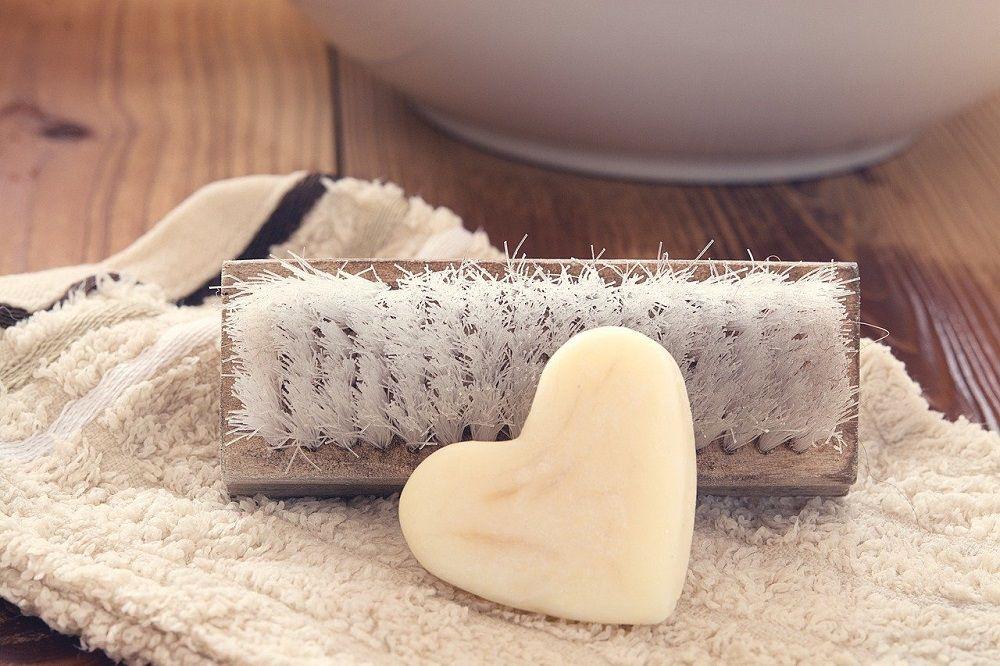 Yuk Coba Cara Mencuci Dry Clean di Rumah, Biar Mahir Rawat Baju