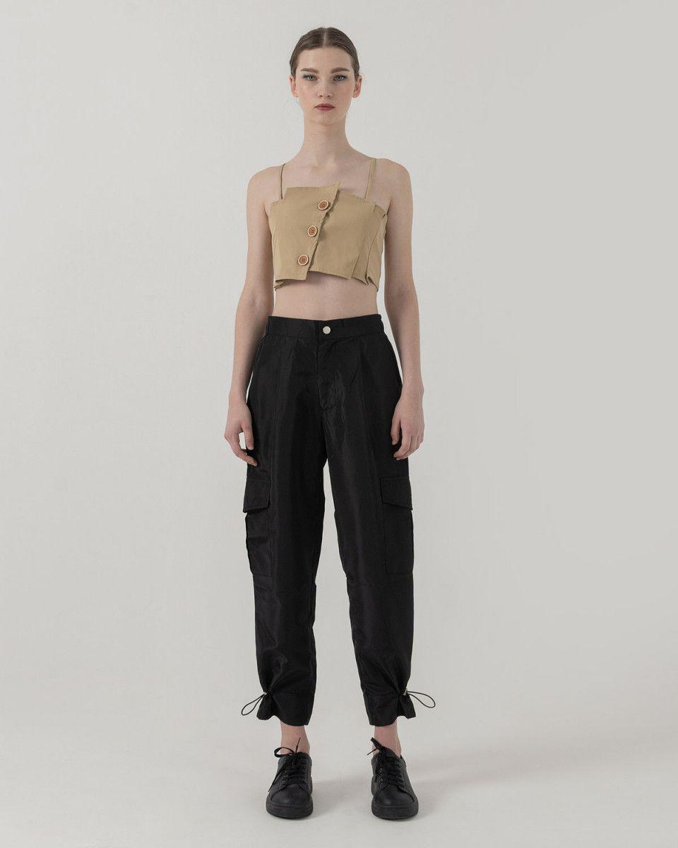 #PopbelaOOTD: Rekomendasi Celana Panjang Hitam untuk Berbagai Acara