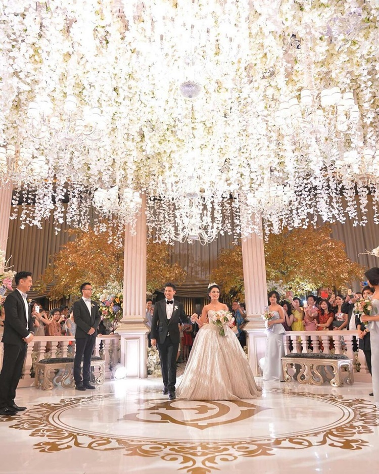 Umumkan Hamil, 10 Adu Mesra Zaskia Mecca & Chelsea Olivia dengan Suami