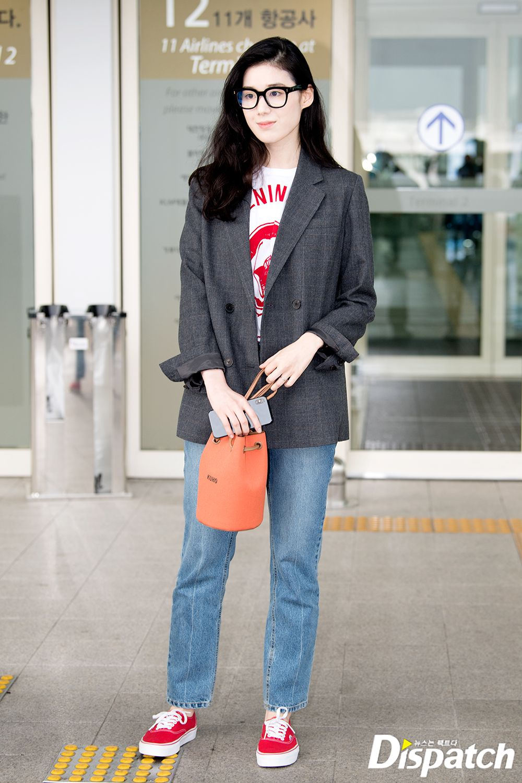 Deretan Gaya Kasual yang Bisa Kamu Tiru dari Jung Eun-chae