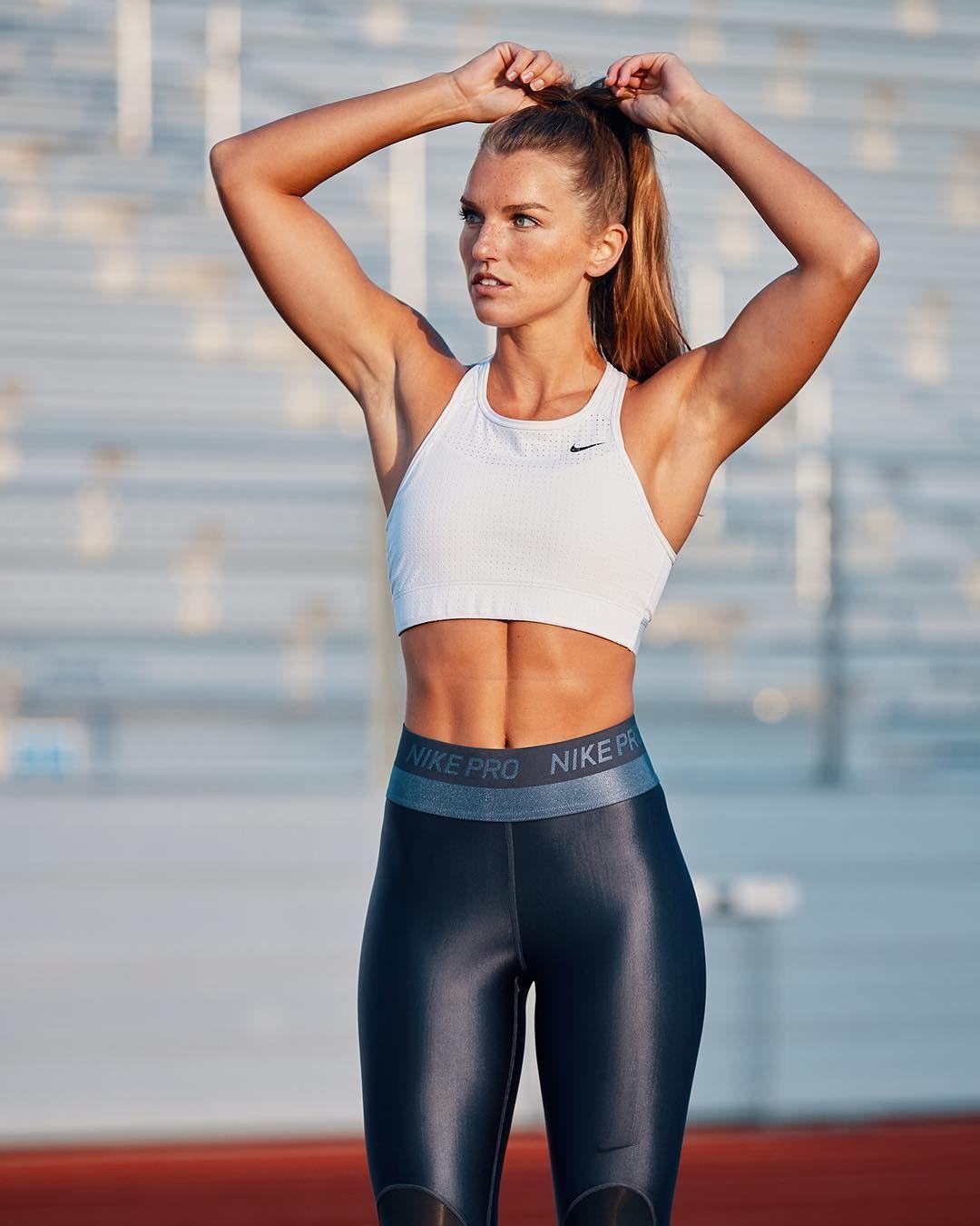 10 Atlet Perempuan yang Punya Tubuh Seksi, Nggak Hanya Jago Olahraga!