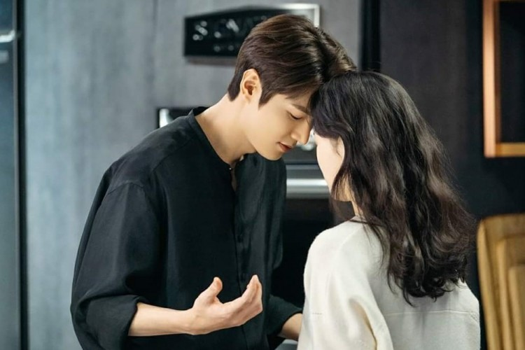 10 Adegan Ciuman di Drama Korea Paling Berkesan dan Bikin Baper