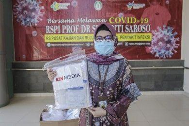 IDN Foundation Kembali Salurkan Bantuan APD Perangi COVID-19
