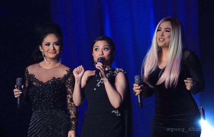 Manisnya! 9 Persahabatan Penyanyi Ini Bagai Saudara Kandung