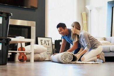 Tinggal Rumah Orangtua Pasangan 5 Tips Jaga Komunikasi Sehat