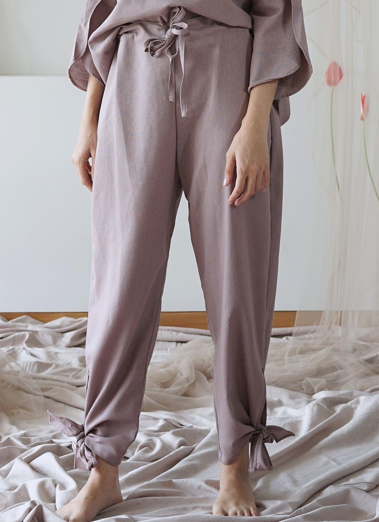 #PopbelaOOTD: Tampil Kece, Ini Pakaian Serba Ungu dari Brand Lokal