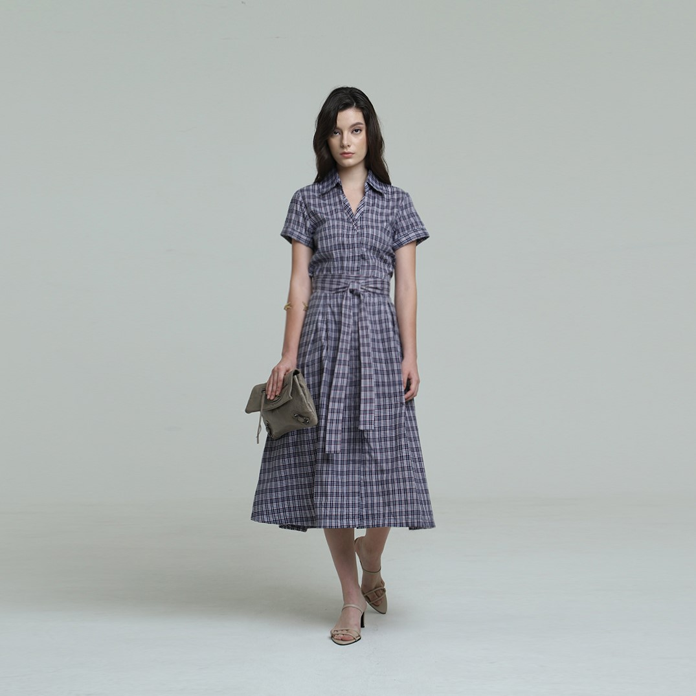 #PopbelaOOTD: Rekomendasi Dress Motif Keren, Cocok untuk Musim Panas!