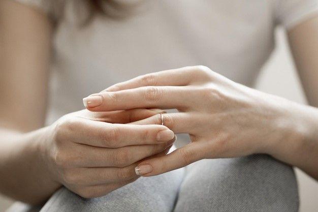 Berapa Lama Luka Putus Cinta dan Perceraian Akan Sembuh?