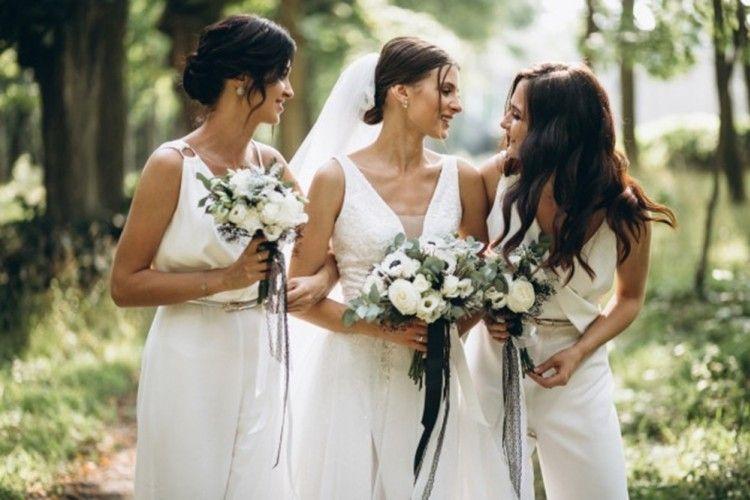 Iri Saat Melihat Teman Menikah? Hadapi dengan 7 Tips Ampuh Ini