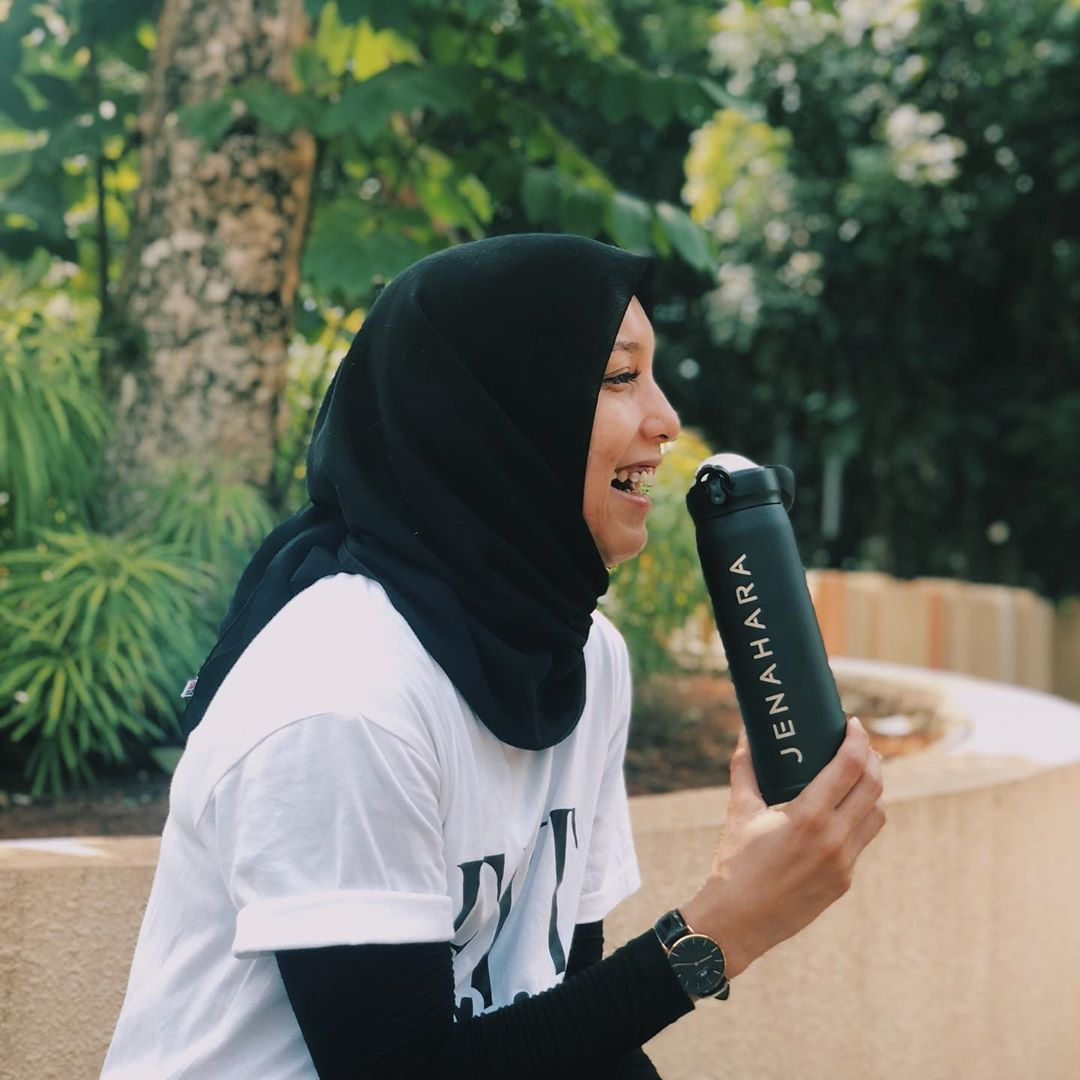 Tetap Nyaman, Ini Tips Memilih Hijab untuk Olahraga