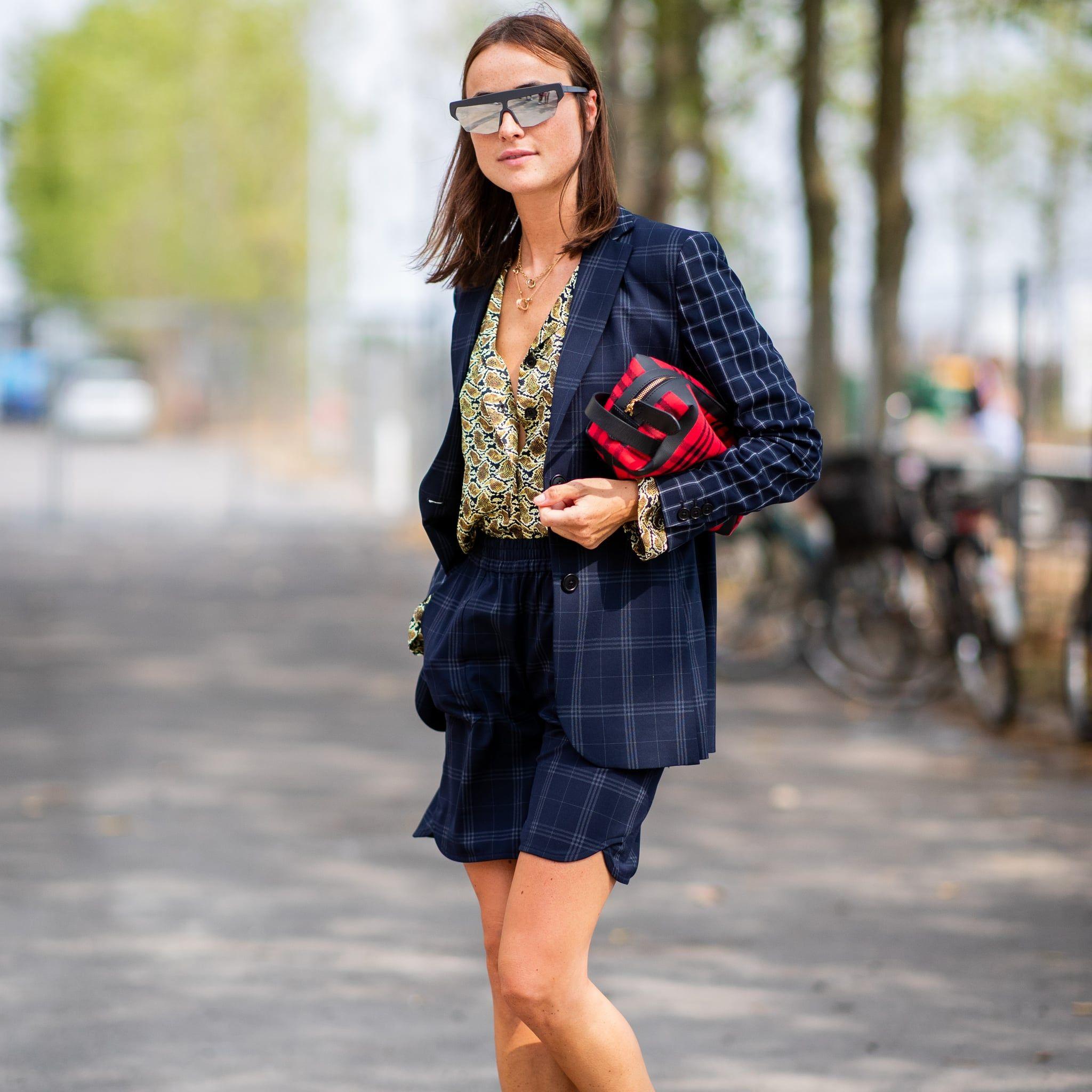 Selain Pakaian Formal, Begini Cara Pakai Blazer untuk Sehari-hari