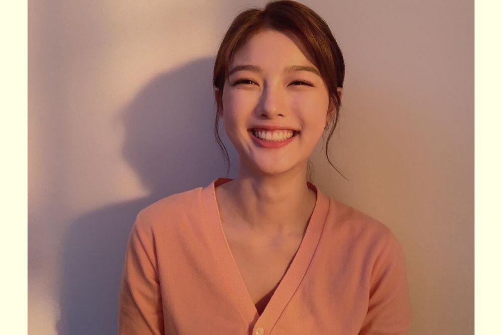 Akan Beradu Akting dengan Ji Chang Wook, Intip 7 Pesona Kim Yoo Jung