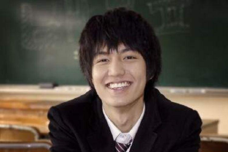 Genap Berusia 34 Tahun, Begini Transformasi Lee Min Ho