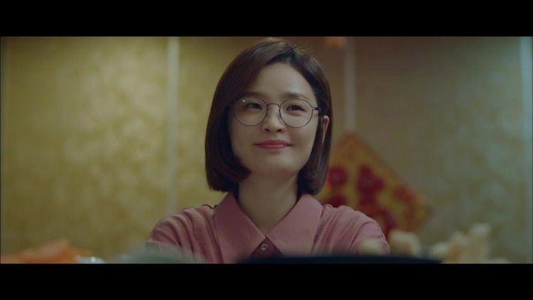 10 Adu Gaya Persahabatan Geng 'Reply 1988' vs 'Hospital Playlist'