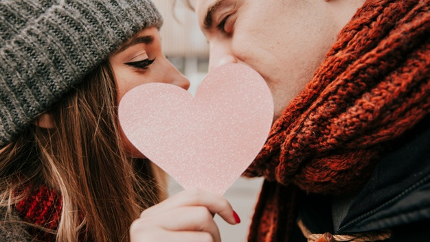 10 Alasan Cancer Layak Disebut Zodiak Terbaik dalam Urusan Percintaan