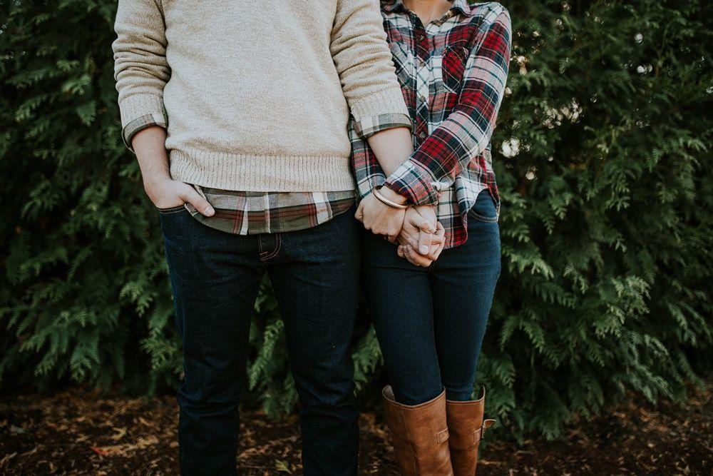 Tak Hanya Perasaan, Ini 7 Alasan Pentingnya Logika dalam Hubungan