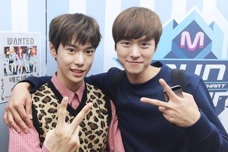Sibling Goals! Ini 9 Potret Kedekatan Doyoung 'NCT' & Aktor Gong Myung
